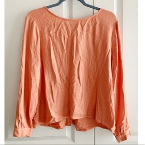 | Anthropologie | Cloth & Stone Button Back Top